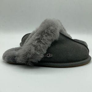 UGG Women's Scuffette Charocal House Slippers